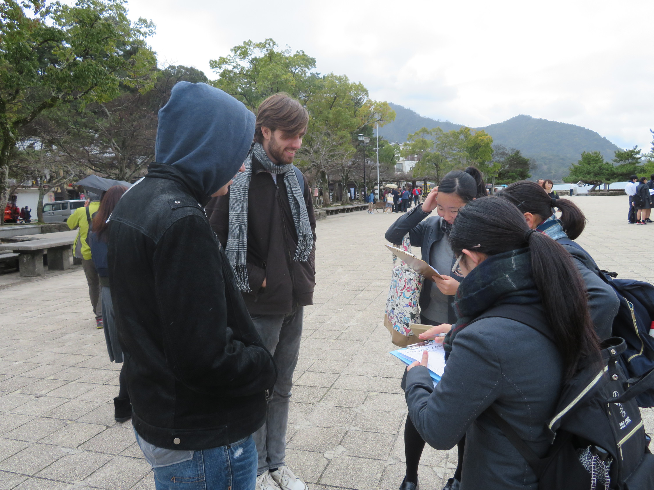 宮島での英語学外活動